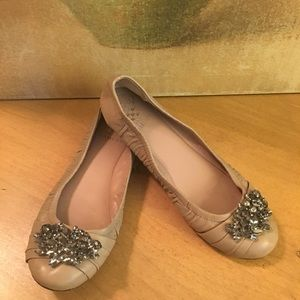 Vince Camuto Taupe Crystal Ballet Flat Shoes 7.5 B
